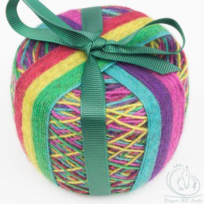 Self-striping sock yarn cake